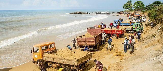 Extraction du sable marin, Malika en danger!